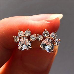 NEW 18K Rose Gold Diamond Paw Heart Stud Earrings